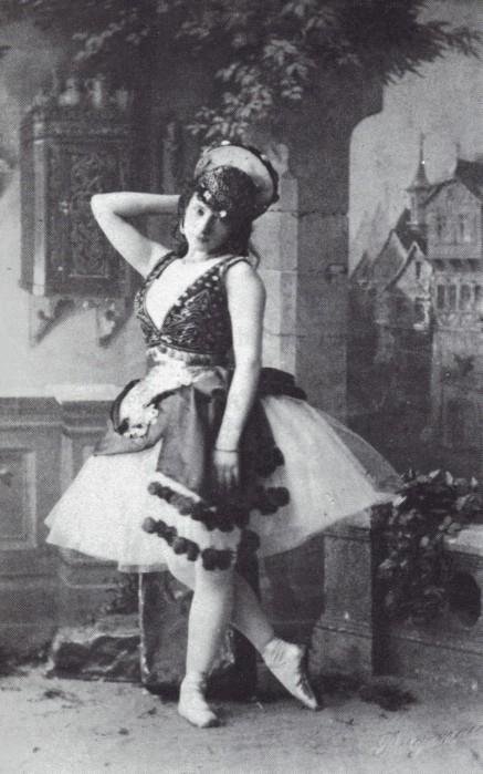 La Esmeralda - Virginia Zucchi as Esmeralda - 1886