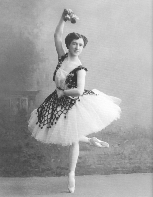 Agrippina Vaganova in the Pas de trois (ca. 1910)