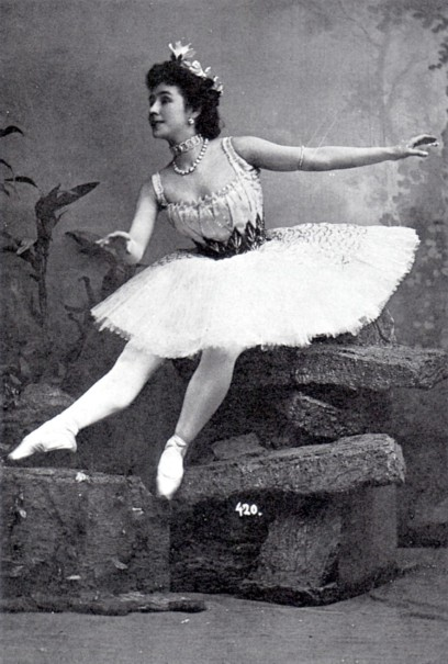 Matilda Kschessinskaya as Princess Aspicia in the Underwater Kingdom scene (ca. 1900)
