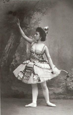 Matilda Kschessinskaya as Princess Aspicia in the Grand Pas des chasseresses (1898)