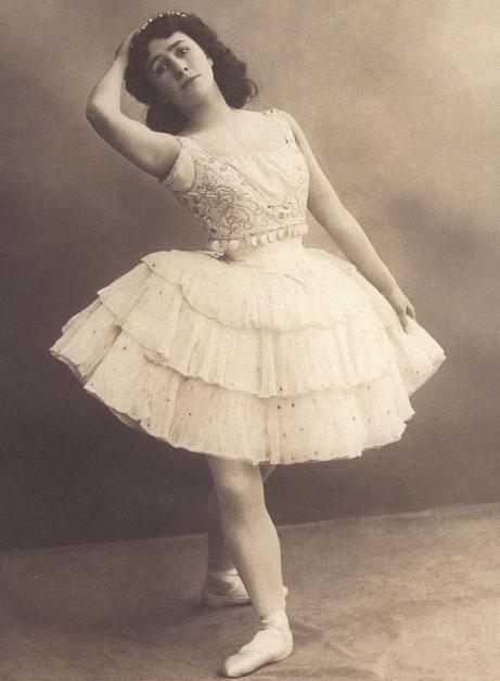 Matilda Kschessinskaya as Esmeralda (1899)