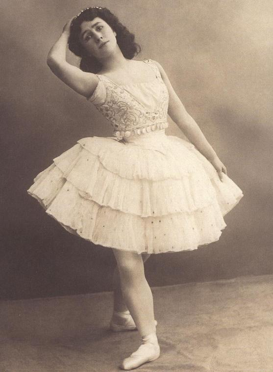 Matilda Kschessinskaya as Esmeralda (1899)