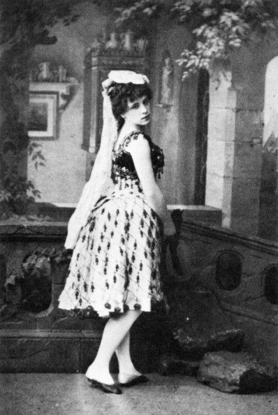 Virginia Zucchi as Paquita (1885)