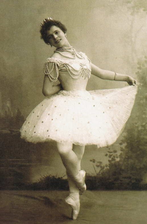The Pearl - Pierina Legnani as the White Pearl - 1896