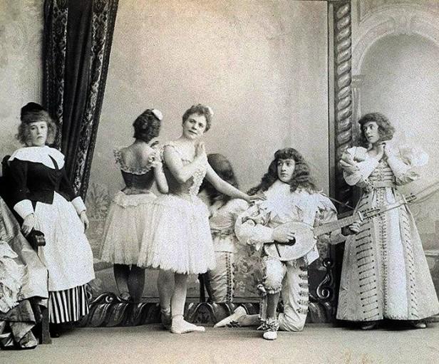 Pierina Legnani as Ysaure, Sergei Legat as Arthur and Olga Preobrazhenskaya as Anne (1896)