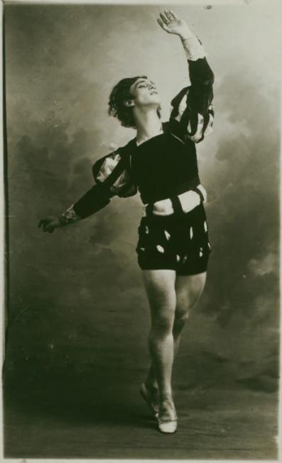 Vaslav Nijinsky as Albrecht (1910)
