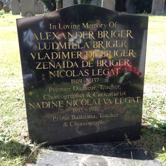 Nikolai Legat's grave in the Kent and Sussex Cemetery (2015)