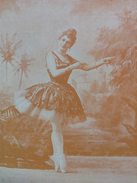 Pierina Legnani as the Princess in Aladdin