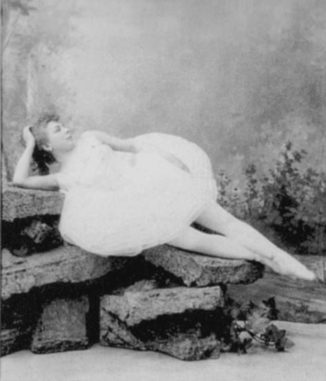 Maria Anderson as Ilka (1892)
