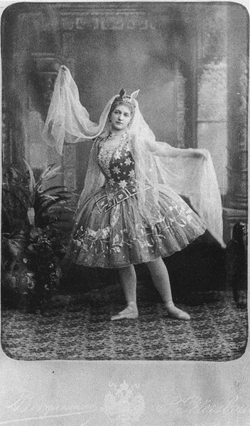 Maria Anderson as the Fairy Godmother (ca. 1893)