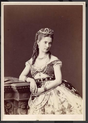 Ekaterina Vazem as Nikiya (1877)