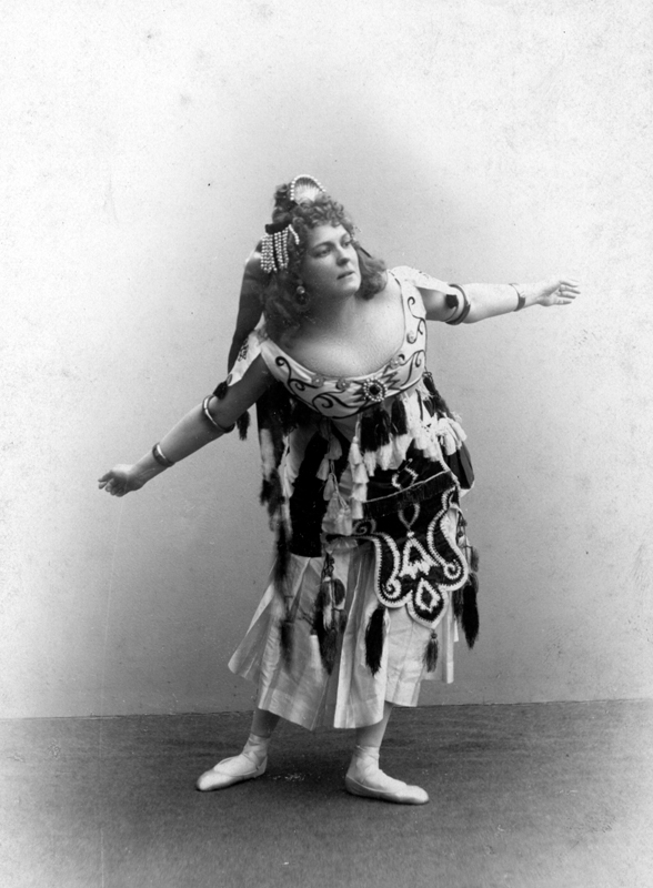 Marie Petipa in the Hindu Dance (1900)