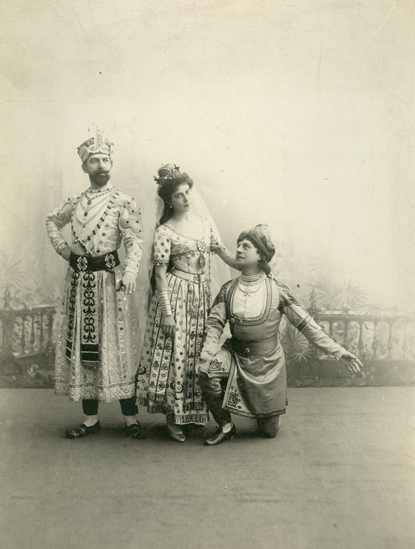 Nikolai Aistov as the Rajah, Julia Sedova as Gamzatti and Pavel Gerdt as Solor (ca. 1902)