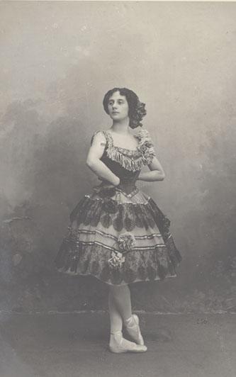 Anna Pavlova as Paquita (1904)