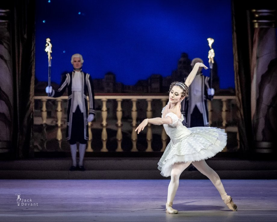 Grand Pas Classique, with Séverine Ferrolier (2014), photo by Jack Devant©