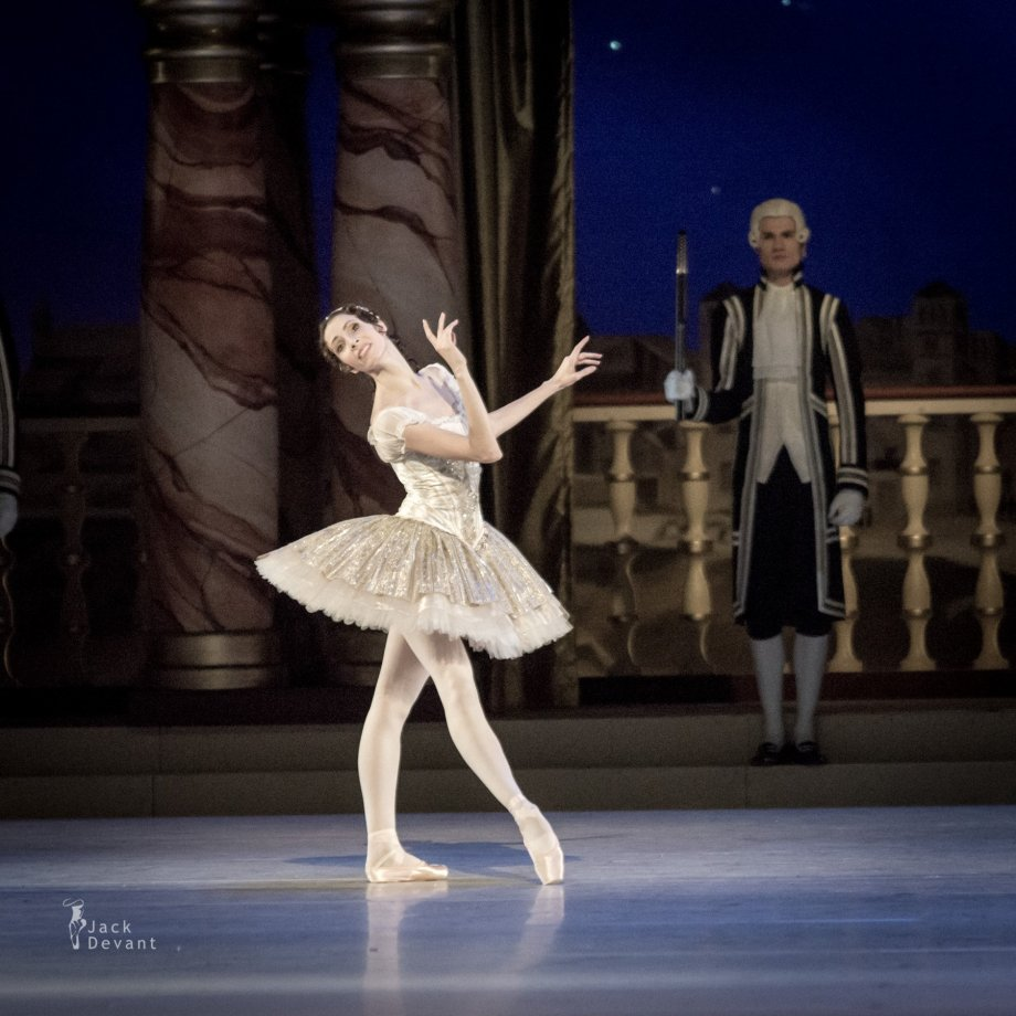 Grand Pas Classique, with Daria Sukhorukova as Paquita (2014), photo by Jack Devant©