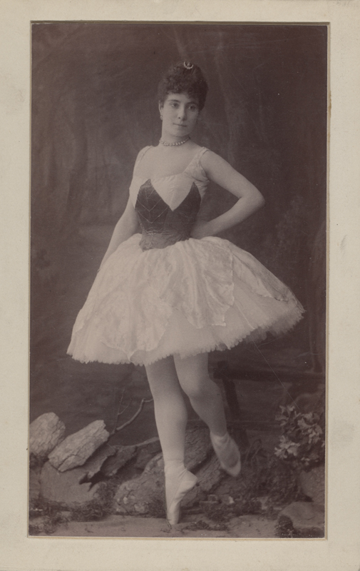 Carlotta Brianza as Emma (1889)