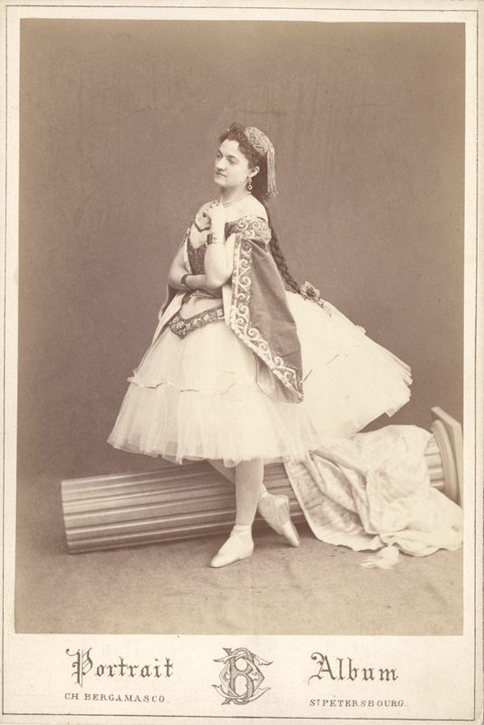 Adele Grantzow as Medora (1868)