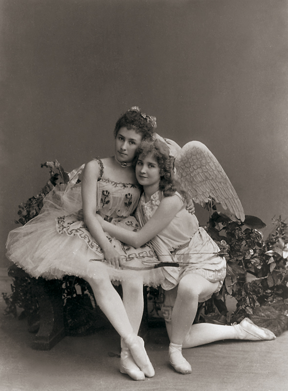 Matilda Kschessinskaya as Flora and Vera Trefilova as Eros/Cupid (1894)