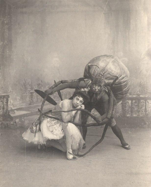 Ekaterina Ofitserova as the Fly and Vasily Stukolkin as the Spider (1900s)