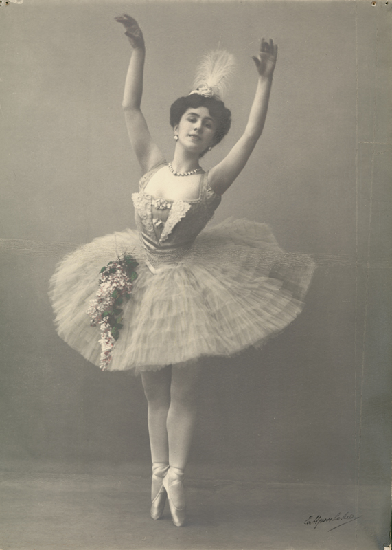 Matilda Kschessinskaya as Niriti in Nikolai Legat's revival (1909)