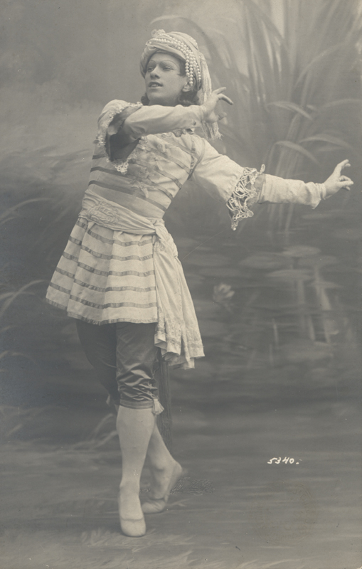 Vaslav Nijinsky as Vayou/Hurricane in Nikolai Legat's revival (1909)