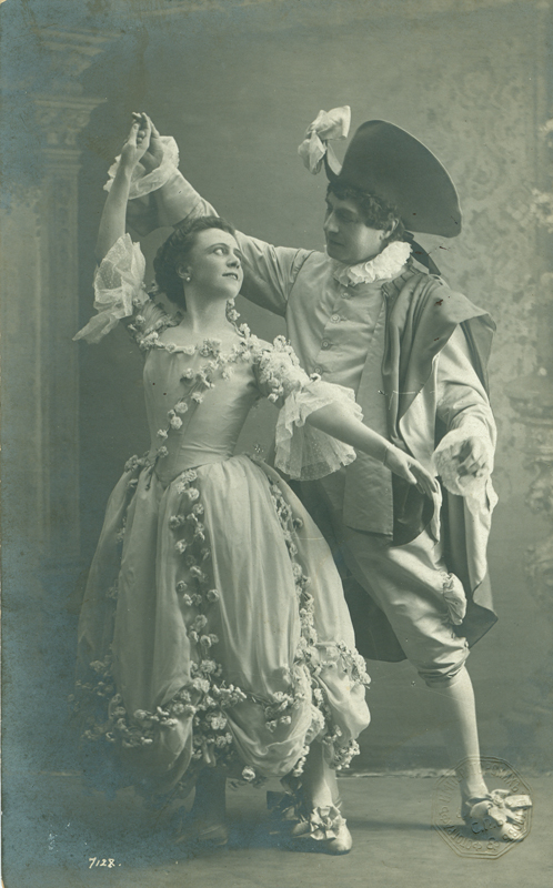 Olga Preobrazhenskaya as Countess Isabella and Pavel Gerdt as Damis (1900)