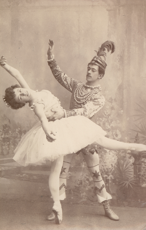 Olga Preobrazhenskaya as the Sugar Plum Fairy and Nikolai Legat as Prince Colqueluche (1900)