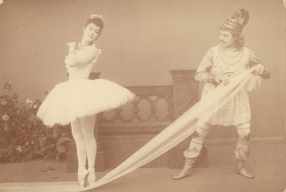 Varvara Nikitina as the Sugar Plum Fairy and Pavel Gerdt as Prince Colqueluche (1892)